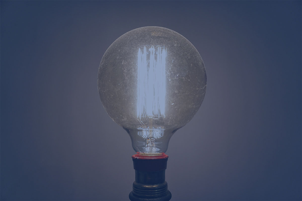 Thomas Edison optimized a process for manufacturing light bulbs